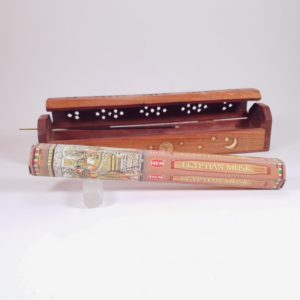 Betisoare parfumate Egyptian Musk alaturi de cutie pentru ars betisoare si conuri